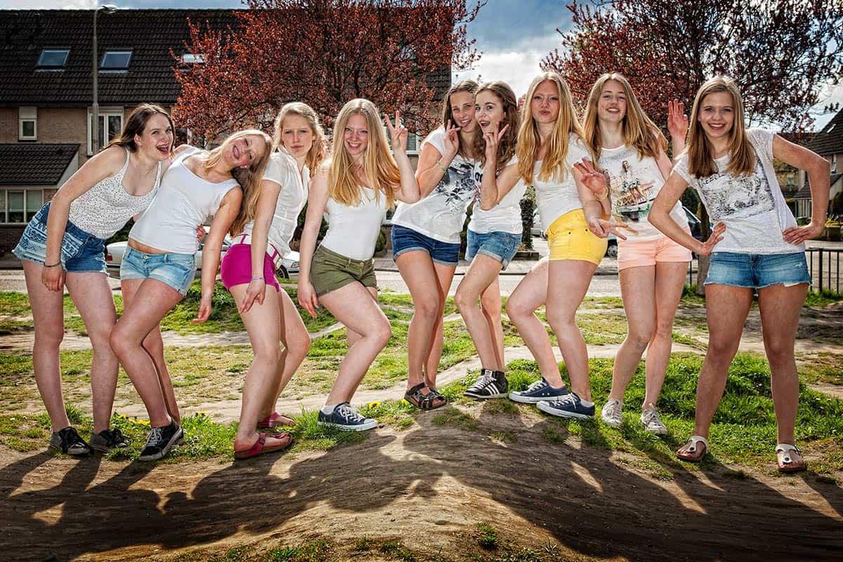 buiten meisjes gelaats in de buurt Leiden