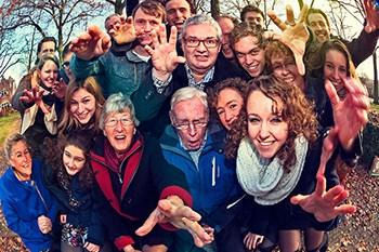 Familieportret: fotoshoot met de hele familie